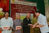 """Bảo Tín Minh Châu mang """"tấm lòng vàng"""" đến các xã nghèo Hà Nam và Thái Bình"""