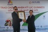 Gần 600 người làm chiếc gỏi cuốn dài nhất thế giới ở Đà Nẵng
