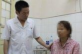 Máu bệnh nhân HIV bắn lên cổ tay bác sỹ, có khả năng dây vào mắt...