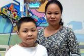 Vòng tay Nhân ái (MS 91): Trao tiền bạn đọc chia sẻ cùng bé Quang Anh bị ung thư máu