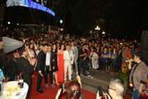 Ca sĩ Quang Hà biểu diễn gây tắc nghẽn Bờ Hồ