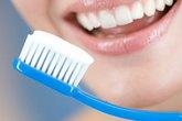Mắc bệnh vì đánh răng 4 lần mỗi ngày