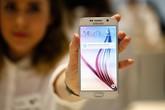 Galaxy S6 xách tay giảm giá mạnh, thách thức hàng chính hãng
