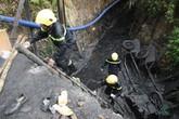 Sập lò than tại Hòa Bình: Hối hả giải cứu người mắc kẹt ở độ sâu 700m!