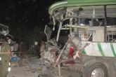 Hai xe khách đấu đầu ở Bình Thuận, 10 người tử vong