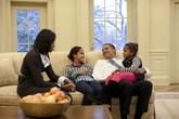 Điều chưa biết về vai trò làm cha mẹ của gia đình tổng thống Obama