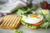 6 sai lầm thường gặp khi ăn sáng