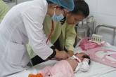 Nhiều trẻ mắc ho gà vì không tiêm vaccine