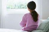 5 dấu hiệu cảnh báo sớm trẻ mắc tự kỷ