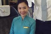 Tâm sự của một tiếp viên Vietnam Airlines về đồng phục mới gây tranh cãi