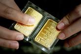 """Giá vàng đang xuống kỷ lục, có nên """"vác tiền"""" đi mua?"""