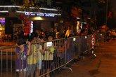Mờ sáng, người dân đã đổ về quảng trường Ba Đình chờ xem diễu binh, diễu hành
