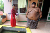 Choáng váng với thân hình cậu bé 10 tuổi nặng 192kg