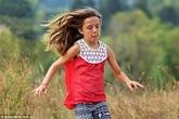 Câu chuyện xúc động về cô bé 10 tuổi hy sinh thân mình cứu 2 em nhỏ thoát chết