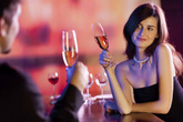 Nhật ký 5 lần 'hẹn hò mạo hiểm' của cô gái trẻ