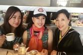 Lưu Hiểu Khánh trẻ đẹp bất ngờ ở tuổi 60