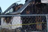 Học sinh đốt nhà thầy hiệu trưởng vì bị đình chỉ học