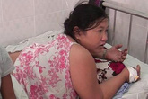 Người mẹ đốt con vì không bán hết vé số lĩnh 5 năm tù