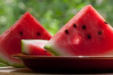 Sai lầm cần tránh khi ăn dưa hấu