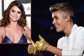 Selena chúc mừng Justin Bieber giành giải Grammy đầu tiên