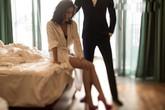 Nghi vợ mất trinh, chồng cấm đêm tân hôn tỏ ra sung sướng