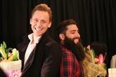 'Loki' Tom Hiddleston nói tiếng Việt gây sốt trong buổi ra mắt đoàn 'King Kong' ở Hà Nội