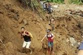 """Vụ sập hầm vàng ở Lào Cai: Chính quyền thừa nhận có """"thổ phỉ"""""""