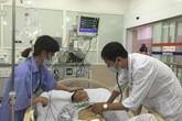 Đáp trực thăng khẩn cấp đưa bệnh nhân từ Bạch Long Vỹ về BV Bạch Mai cấp cứu