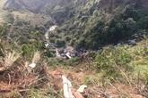 Xe đám cưới lao xuống vực sâu, 6 người chết và bị thương