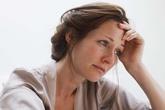 Vợ vừa phát hiện ung thư, chồng chìa ngay đơn ly dị