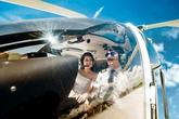Cặp đôi chơi trội thuê phi cơ chụp ảnh cưới