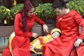 Con trai Diễm Hương siêu ngộ nghĩnh khi chụp ảnh áo dài đầu xuân