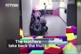 Giáo viên mầm non ngang nhiên ăn chặn bữa phụ của trẻ