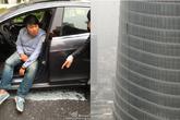 Người đàn ông suýt chết vì tấm kính từ tầng 76 rơi xuống