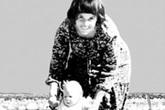 Con gái 9 tháng tuổi bị chó tha đi mất, người mẹ vướng án tù oan nghiệt, gia đình tan vỡ