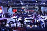 Thị trường ô tô cỡ nhỏ đồng loạt giảm giá mạnh