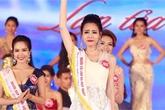 """Người đẹp 21 tuổi có số đo """"vàng"""" 89-60-90 đăng quang Hoa hậu Biển"""