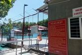 Mẹ hoảng hốt thấy thi thể con dưới bể bơi không phép