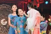 Các nghệ sĩ gạo cội khoe nhan sắc với áo dài hoa