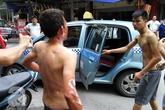 Hà Nội: Nổ lớn ở quán cơm, chủ quán bị thương, thực khách chạy toán loạn