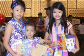 Con gái Trương Ngọc Ánh thân với hai nhóc tỳ nhà Bình Minh
