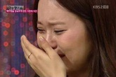 """""""Mặt tối"""" tình tiền của làng giải trí hào nhoáng Hàn Quốc"""
