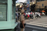 Người phát ngôn Chính phủ: CSGT không được dừng xe để xử lý hành vi không chuyển quyền sở hữu