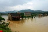 """""""Lũ chồng lũ"""", nhiều nơi ở Quảng Bình trở lại thảm cảnh bị cô lập"""