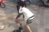 Hà Nội: Bà bầu 4 tháng bị hành hung, đạp vào bụng giữa phố