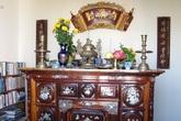 Cách đặt từng đồ vật trên bàn thờ gia tiên mang tài lộc cho gia chủ