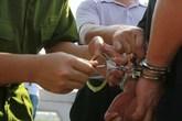 Hai tên cướp bị bắt ngay khi vừa gây án