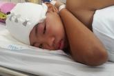 Xót xa cậu bé bị động kinh mồ côi cha, chị bị tai nạn giao thông