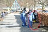 Kinh hoàng phát hiện một em bé sơ sinh bị bỏ rơi trong thùng rác