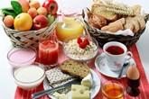 Ăn sáng thật nhiều bù cho cả ngày - sai lầm tai hại